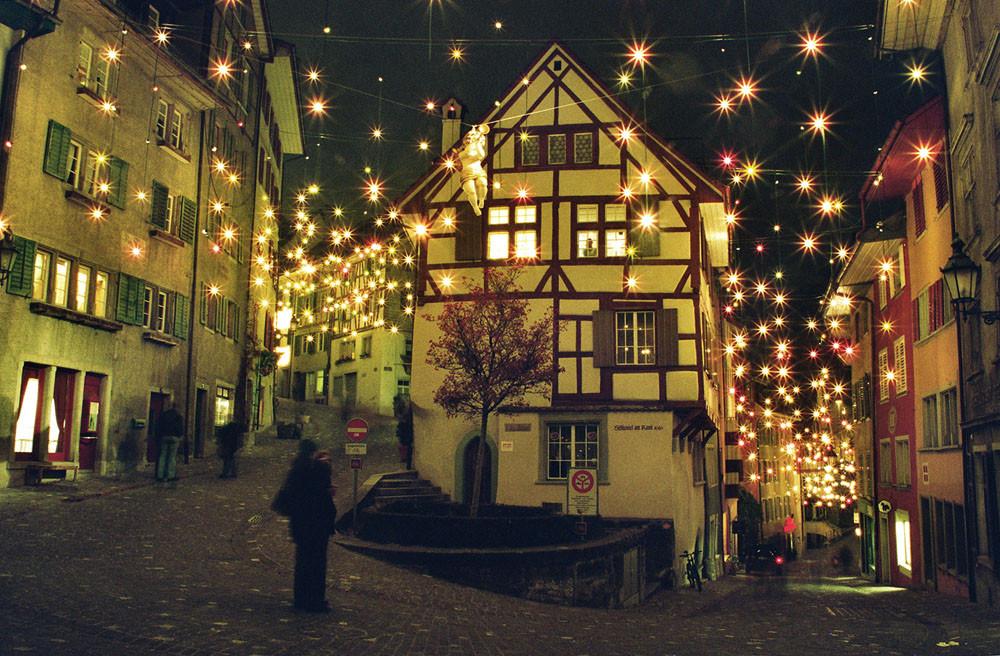 Catenary Lighting Christmas Lights Baden Tensile