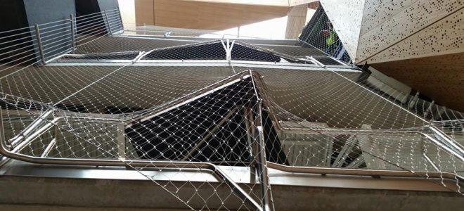 Defining Indoor Light-Filled Spaces Using Webnet Mesh / Tensile Design & Construct