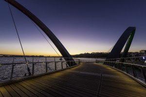 Fall Protection for Pedestrian Bridges with Irregular Design / Tensile Design & Construct