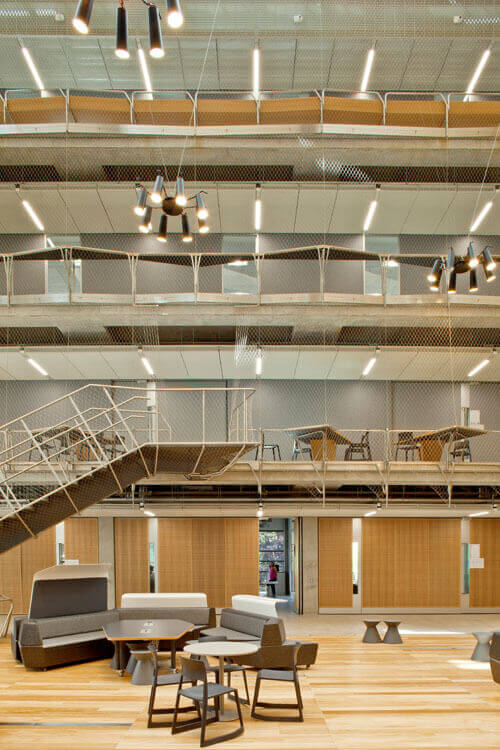 4 Benefits of Using Stainless Steel Balustrades / Tensile Design & Construct